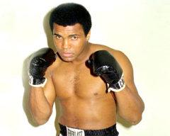 17 января родился Мохаммед Али - легендарный американский боксер