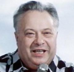 11 декабря родился Николай Озеров - спортивный комментатор