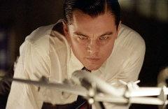 11 ноября родился Леонардо Ди Каприо - американский актёр