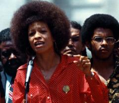 26 января родилась Анджела Дэвис - борец за права заключенных