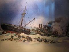 13 февраля В Чукотском море был раздавлен льдами пароход «Челюскин», его экипаж был спасен героическими усилиями советских летчиков