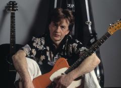 18 февраля родился Александр Барыкин - российский певец и композитор