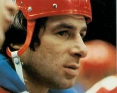 14 января родился Валерий Харламов - легендарный советский хоккеист, нападающий
