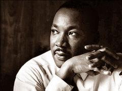 15 января родился Мартин Лютер Кинг - борец против расовой дискриминации в США, лауреат Нобелевской премии
