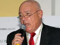 1 апреля родился Владимир Познер - советский и российский тележурналист