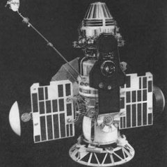 16 ноября В СССР запущен беспилотный космический корабль «Венера-3», который успешно приземлился на Венере