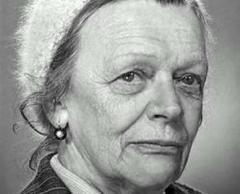 6 июня родилась Татьяна Пельтцер - советская актриса театра и кино
