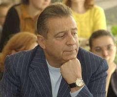1 декабря родился Геннадий Хазанов - российский актёр, артист разговорного жанра, заслуженный артист России