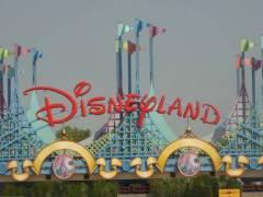 17 июля В США открылся первый «Диснейленд»