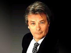 8 ноября родился Ален Делон - французский киноактёр, режиссёр
