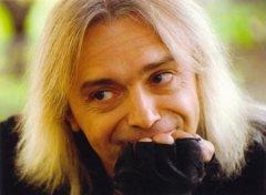25 декабря родился Константин Кинчев - российский музыкант, лидер группы «Алиса»