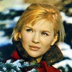 27 ноября родилась Галина Польских - русская актриса театра и кино, народная артистка РСФСР