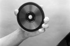2 марта В Великобритании компании Philips, Sony и Polygram продемонстрировали первый компакт-диск