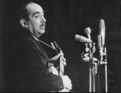 19 октября родился Александр Галич     русский советский поэт, сценарист, драматург