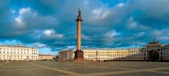 11 сентября На Дворцовой площади Петербурга установлена Александровская колонна