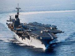 24 сентября В США на воду спущен первый в мире атомный авианосец