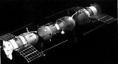 30 сентября  Впервые в космосе произведена автоматическая стыковка кораблей