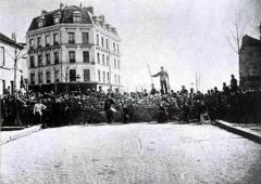18 марта была провозглашена Парижская коммуна