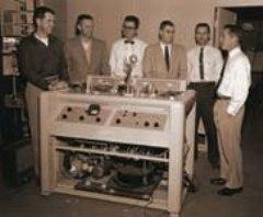 14 марта компания Ampex продемонстрировала первый в истории видеомагнитофон