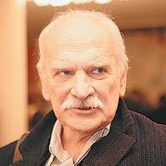13 июля родился Петр Фоменко - российский театральный и кинорежиссёр