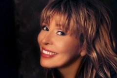1 июня родилась Ольга Кормухина  -  российская рок-певица, «русская Тина Тернер»