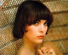 22 июля родилась Мирей Матье - французская певица