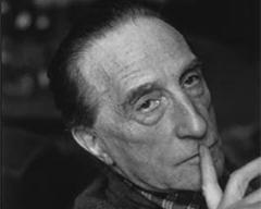 28 июля родился Марсель Дюшан - французский и американский художник