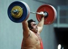 7 января родился Василий Алексеев - знаменитый советский тяжелоатлет