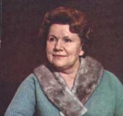7 января родилась Нина Сазонова - актриса театра и кино, народная артистка СССР