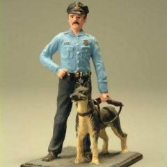 8 февраля В полицейской операции впервые была задействована собака