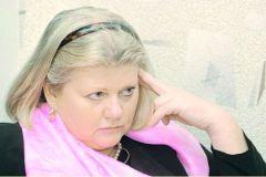8 февраля родилась Ирина Муравьева - актриса театра и кино, народная артистка России