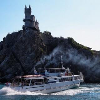 Французские парламентарии отправляются в Крым на День ВМФ