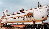 27 февраля Спущен на воду первый в мире туристический подводный аппарат