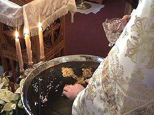 Вода святая, вода крещенская: мифы и суеверия