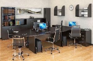 О наиболее востребованных стилях офисной мебели