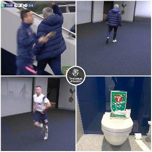 Убежавший в туалет Дайер сфотографировал приз лучшему игроку матча на унитазе