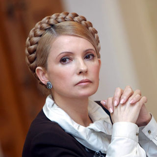 Тимошенко сравнила отставку Яценюка со сменой белья в концлагере