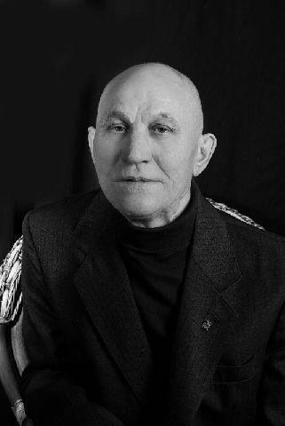 Ушел из жизни актер Драматического театра ВВО Юрий Рябинин