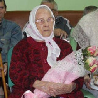 Жительница Уссурийска отметила 102 день рождения (3 фотографии)