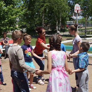 Дети Уссурийска с пользой проводят время