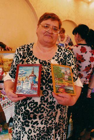 25 января празднует свой день рождения председатель ветеранского клуба «От всей души» Людмила Ермоченко