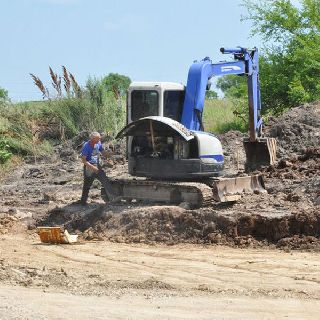 Многодетным наконец-то начали строить дороги!
