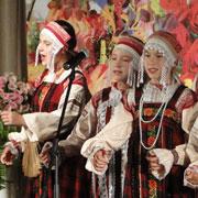 Пожилых людей поздравляли сегодня в Уссурийске (17 фотографий)