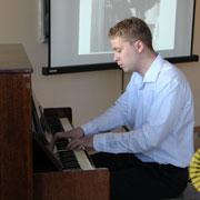 Вечер фортепианной музыки прошел в уссурийской Школе педагогики ДВФУ (11 фотографий)