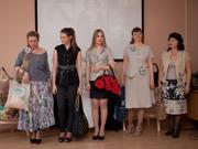 В Уссурийске прошел показ моделей от местных кутюрье (9 фотографий)