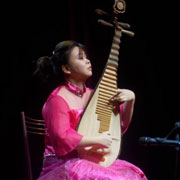 Уссурийцы познакомились с культурой и традициями Китая (9 фотографий)
