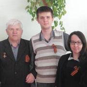 Поэтический десант ко Дню Великой Победы состоялся в Уссурийске (3 фотографии)