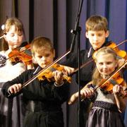 «Все скрипки Приморья» сыграли на уссурийской сцене  (26 фотографий)