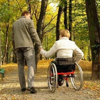 Инвалиды Уссурийска теперь будут получать необходимые вещи