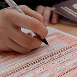 Более половины россиян усомнились в возможности сдать ЕГЭ после школы